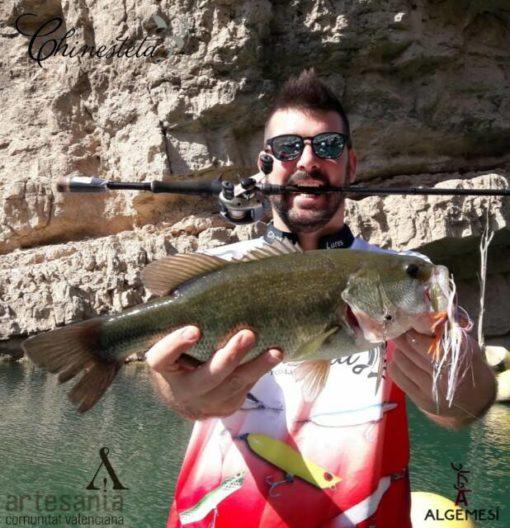 Pesca bass spinnerbait